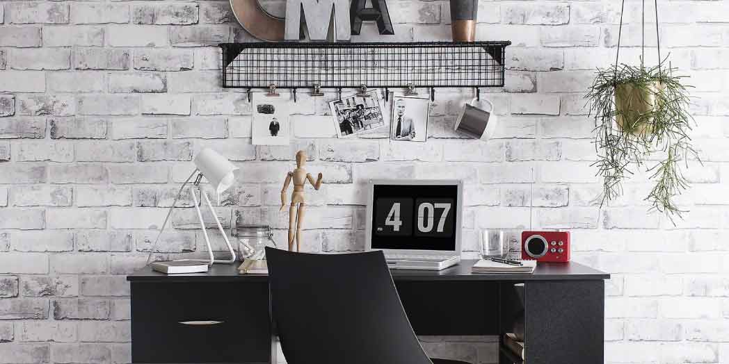 7 Inspired Office Desk Accessories